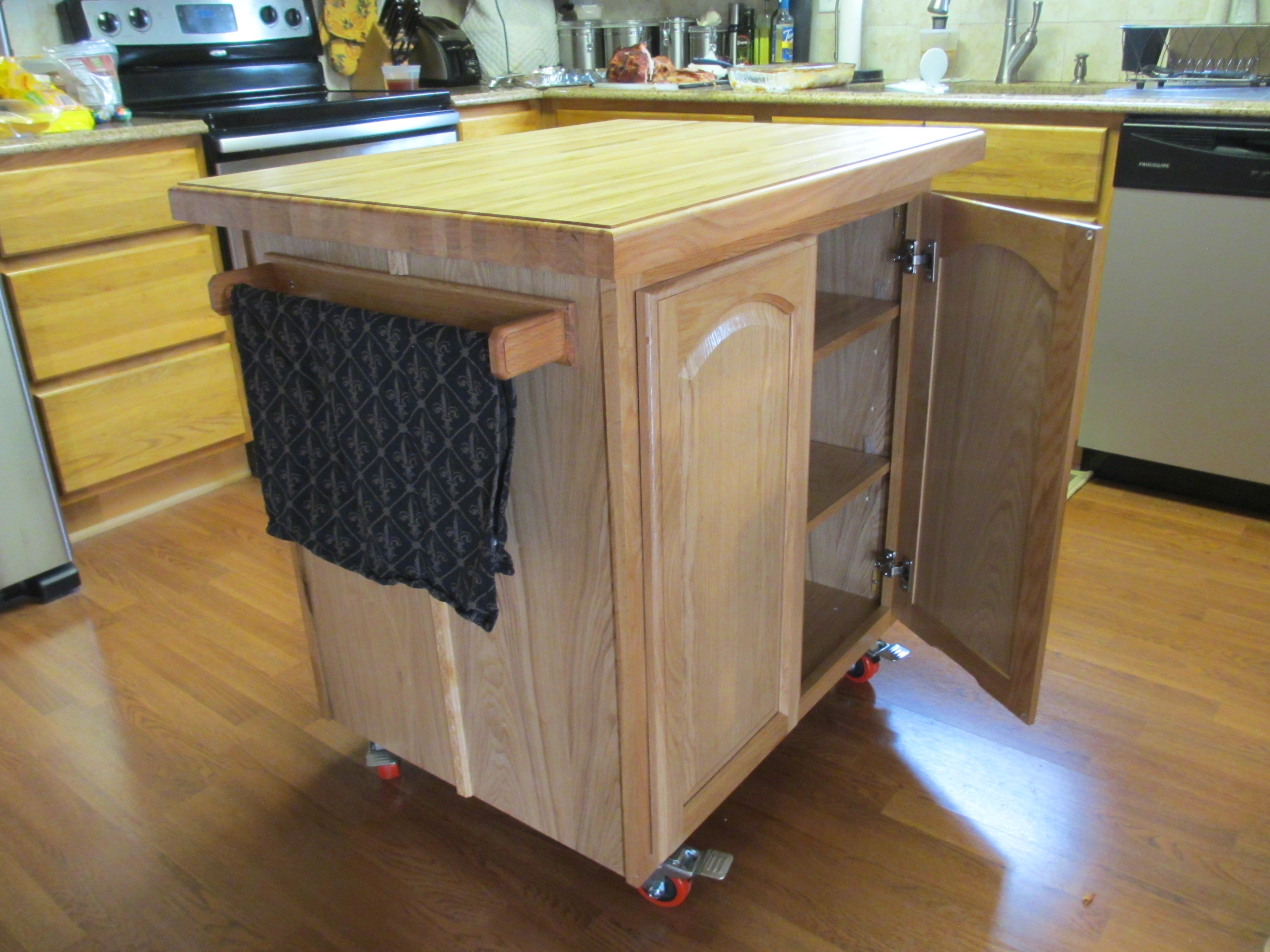 Homemade Kitchen Island Kitchen Island Build N Cook With Tom